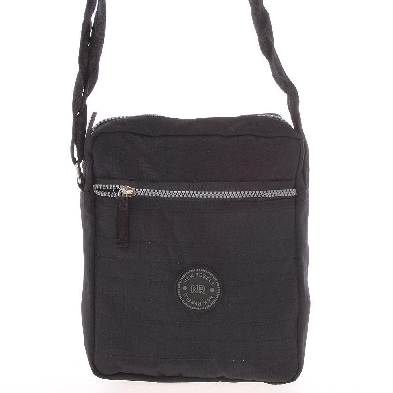 Menšia športová taška na doklady čierna - New Rebels Callum