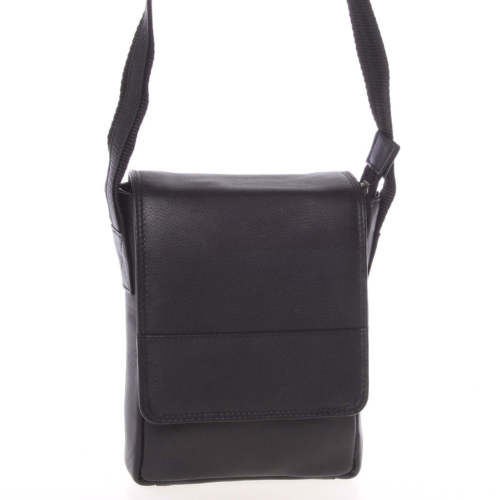 Čierna kožená taška cez plece 0213