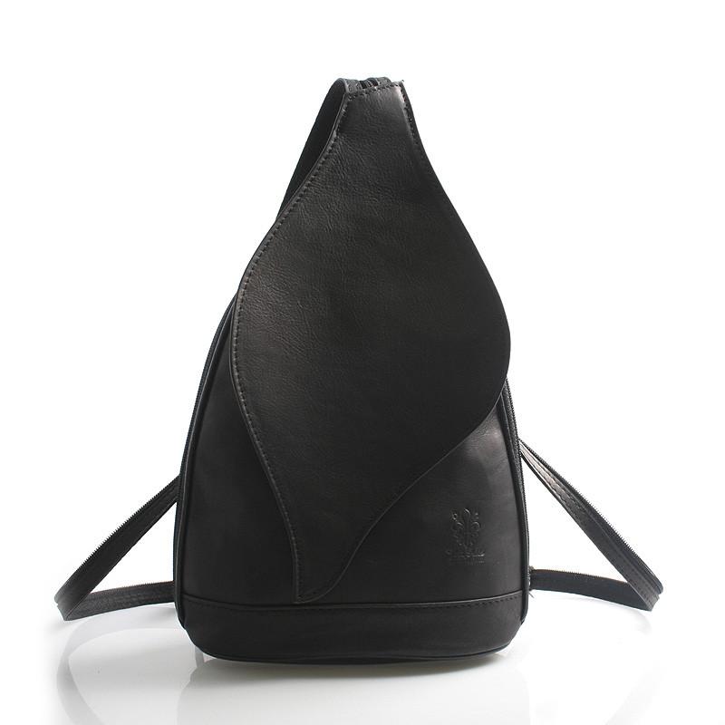 3071058f9d1e Čierny dámsky kožený ruksak ItalY Corynn - Kabea.cz