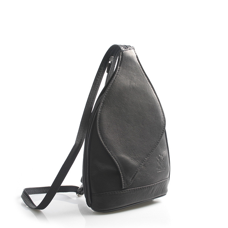 c12831b2d7 Čierny dámsky kožený ruksak ItalY Nova - Kabea.cz