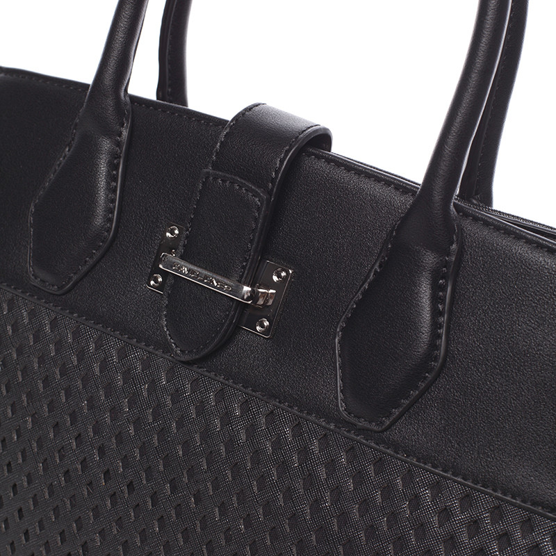 ... Luxusná a elegantná čierna perforovaná kabelka - David Jones Narella ... dd4e0e0157b