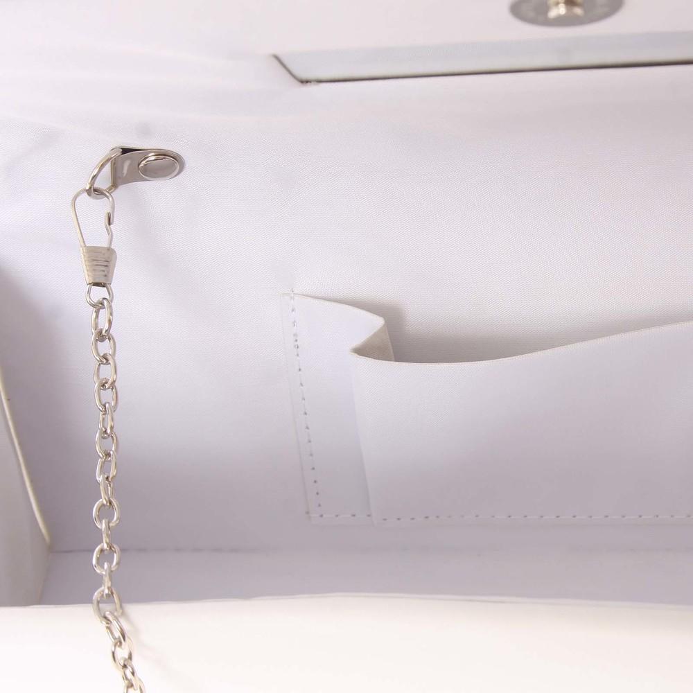 b096f5e63c Decentná saténová listová kabelka biela - Delami P355 - Kabea.cz