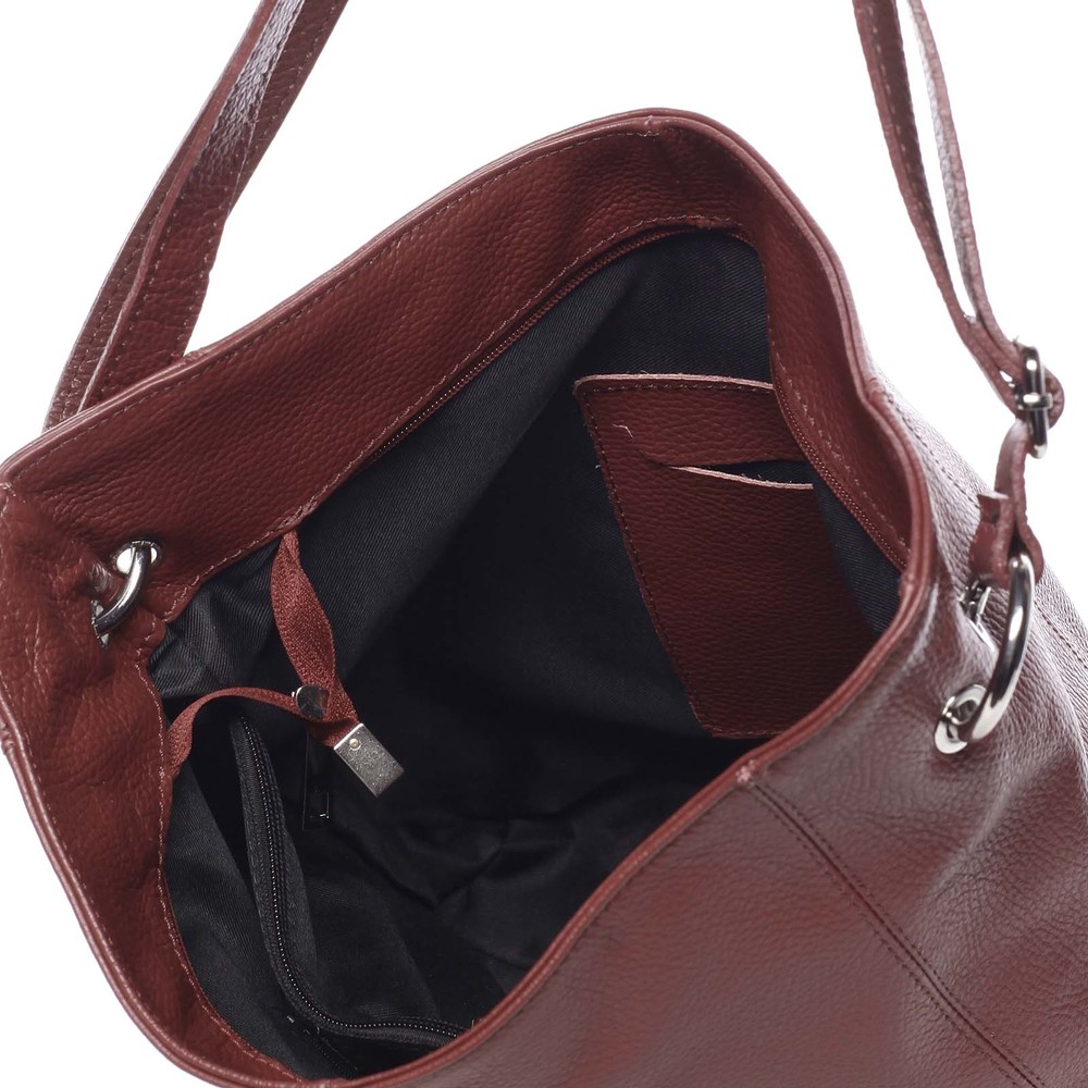 06031a3d68bd6 ... Dámska kožená prešívaná kabelka cez rameno vínová - ItalY Achlys
