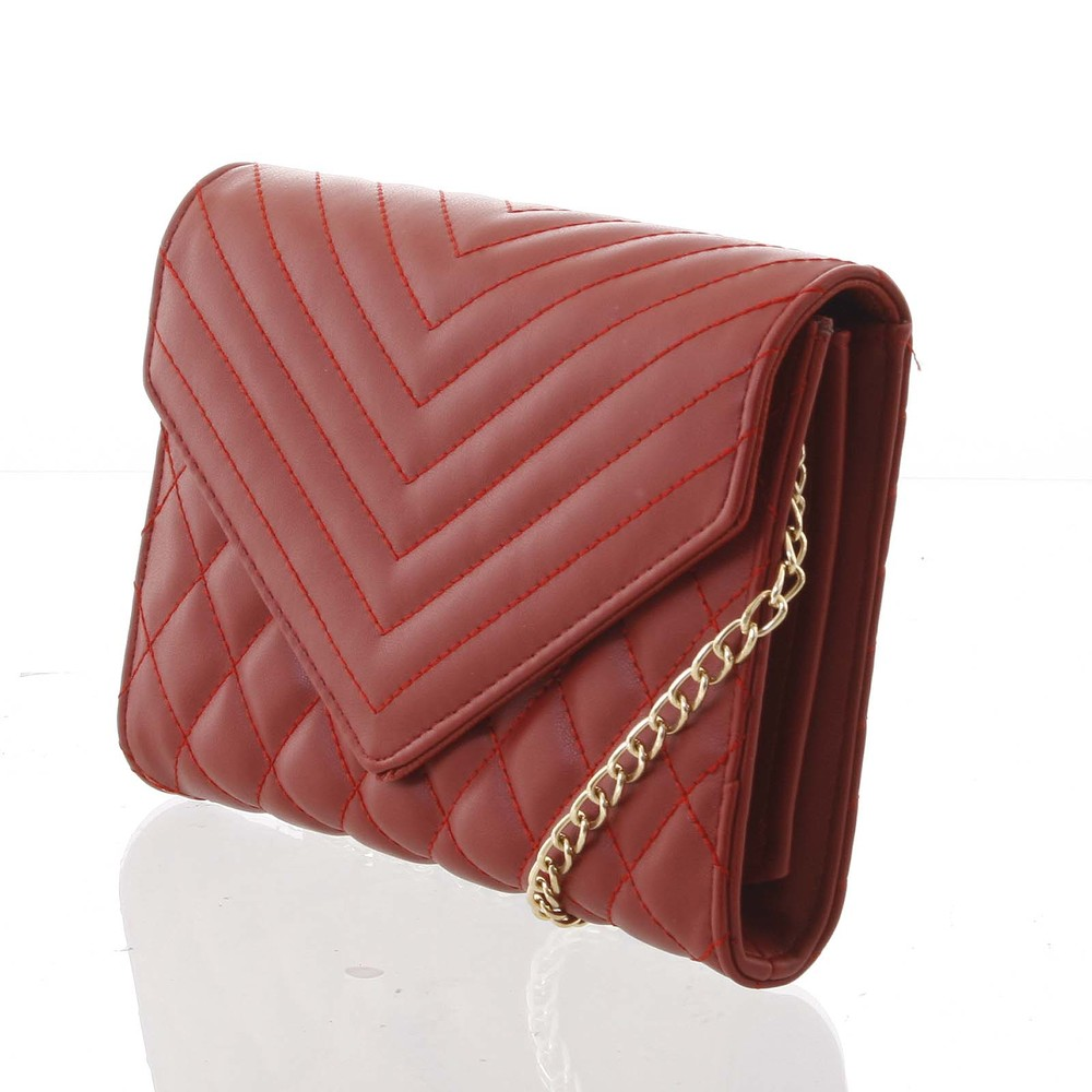 74b9c522f ... Originálna dámska prešívaná tmavočervená listová kabelka - Delami  Agnella ...