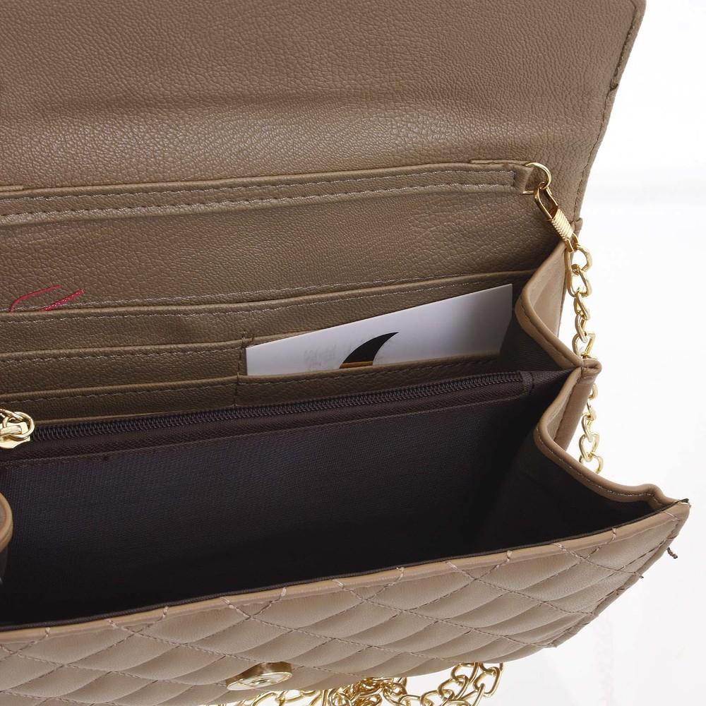 cc719b219 ... Originálna dámska prešívaná khaki listová kabelka - Delami Agnella