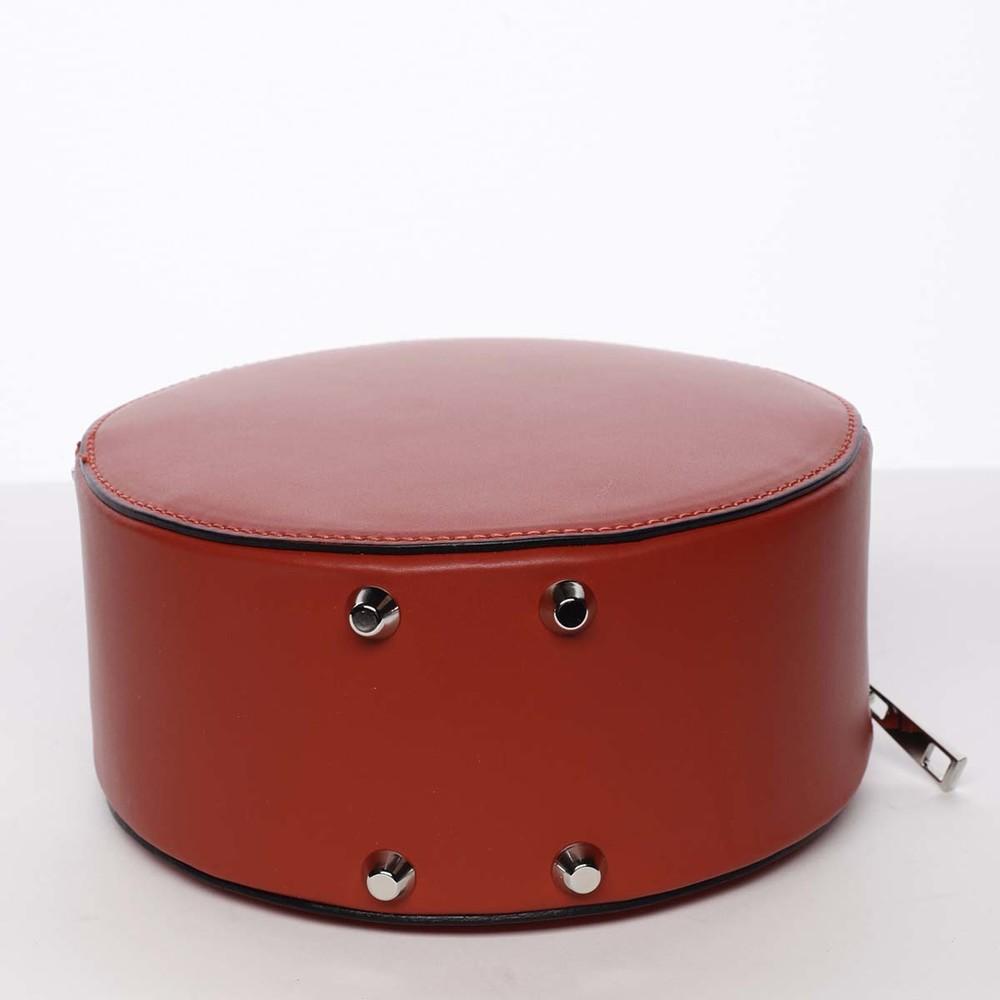 0d5b51a790 Malá červená elegantná dámska kožená kabelka - ItalY Husna - Kabea.cz